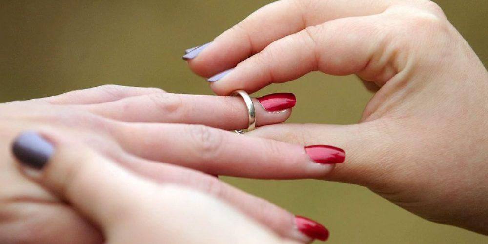 Uniting Church to allow same sex weddings